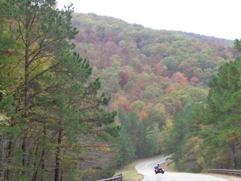 Scenic Drive heading east